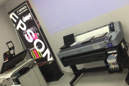 Сравниваем сублимационный принтер Epson SC-F6300 с пигментным Epson SC-Т7200